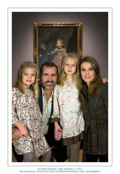 The Spanish Royal Court has released the Christmas cards of the Spanish Royal family for this year.