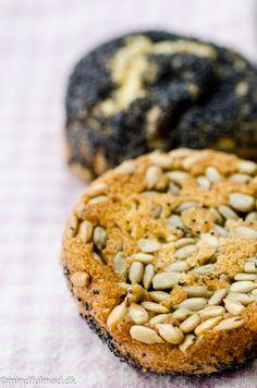 LCHF eighties Skagen-style - Mindfulmad. Skagen, Lchf, Crackers, Paleo, Brunch, Food And Drink, Gluten Free, Bread, Cookies