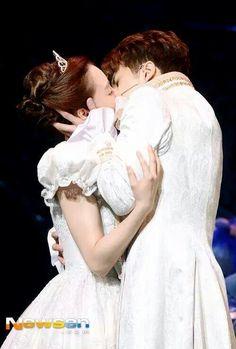 Cinderella Vixx Ken, Couple Posing, Cinderella, Victorian, Kpop, Poses, Couples, Wedding Dresses, Fashion