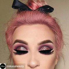Such talent. Love this look. Pretty in Pink.  Pinterest:  Shekia Rodgers