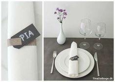 Bordopdækning med bordkort med manillamærker og masking tape på serviet. Køb hobbymaterialer på kreahobshop.dk