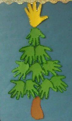 Handprint Christmas Tree, Cool Christmas Trees, Preschool Christmas, Toddler Christmas, Christmas Activities, Tree Handprint, Xmas Tree, Christmas Christmas, Kids Crafts