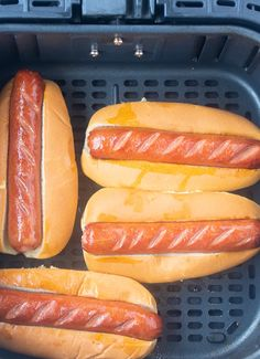 These Air Fryer Hot Dogs are such a quick and easy meal and ready in less than 10 minutes. They are crispy on the outside and juicy on the inside. meals air fryer The Easiest Air Fryer Hot Dogs Air Fryer Hot Dog Recipe, Air Fryer Recipes Appetizers, Air Fryer Recipes Vegetarian, Air Fryer Recipes Vegetables, Air Fryer Recipes Snacks, Air Fryer Recipes Low Carb, Air Frier Recipes, Air Fryer Recipes Breakfast, Sauerkraut