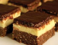 Vanil-bajadera: Kolač koji se ne peče i gotov je za samo pola sata ~ Recepti German Chocolate Brownies, Chocolate Desserts, Brownie Recipes, Cookie Recipes, Dessert Recipes, Homemade Fudge Brownies, Samoa Brownies, Cake Brownies, Just Desserts