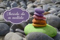Etherische olie en meditatie passen prima bij elkaar. Etherische olie kan een zeer goede ondersteuning zijn om makkelijker te mediteren.