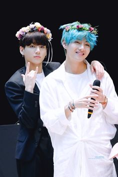 """Jungkook is probably not the coolest, not the best, not the strongest. But for Kim Taehyung, Jungkook is the one who love him most BTS Suga Rap, Jungkook V, Bts Bangtan Boy, Namjoon, Billboard Music Awards, Foto Bts, Yoonmin, V Bts Wallpaper, Rapper"