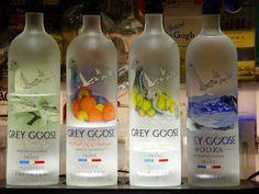 grey goose - regular, orange and citrus Grey Goose Wallpaper, Top 10 Vodkas, National Vodka Day, Types Of Vodka, Grey Goose Vodka, Spirit Drink, Alcoholic Drinks, Cocktails, Bottle Picture