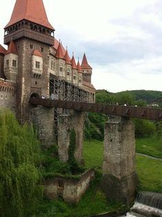 Want fantastic ideas regarding travel? Head to this fantastic info! Beautiful Castles, Beautiful Places, Places To Travel, Places To See, Travel Around The World, Around The Worlds, Palaces, Transylvania Romania, Visit Romania