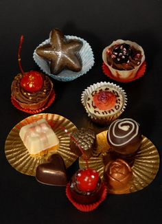 Chocolate, Sweet, Desserts, Food, Candy, Tailgate Desserts, Deserts, Essen, Chocolates