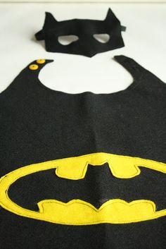 Batman Party Ideas Diy Best Of Superhelden Umhang Selber Machen Batman Fasching Carnival Batman Birthday, Batman Party, Superhero Birthday Party, Boy Birthday, Birthday Ideas, Superman Kostüm Kind, Fete Halloween, Halloween Costumes, Batman Halloween