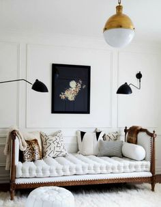 A living room is the central point of your home that needs a nice design.with these wall decor ideas for your living room, enhance the mood of your home. Decor Room, Living Room Decor, Living Spaces, Day Bed Living Room, Living Rooms, Wall Decor, Bedroom Decor, Bedroom Interiors, Bedroom Wall