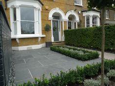 yellow-london-brick-wall-black-and-white-victorian-mosaic-topiary-yorkstone-peckham-bromley-kingston-barnes-chiswick-1.jpg (2048×1536)