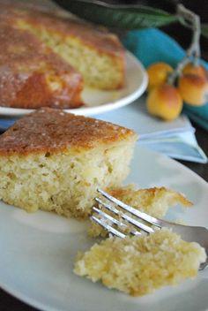 Almond Loquat cake