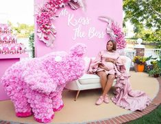 Pretty Pink Baby Shower Baby Brunch – MunaMommy Baby Shower Niño, Baby Shower Gender Reveal, Bridal Shower, Different Shades Of Pink, Baby Decor, Baby Birthday, Party Fashion, Pretty In Pink, Babe