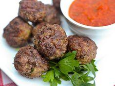 http://www.thebantingchef.co.za/recipes/meat/italianmeatballs.html