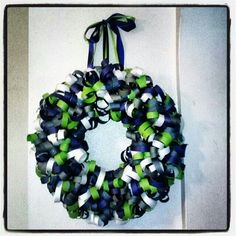 Paper seahawk wreath