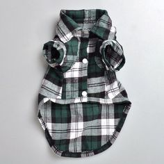 Love Wearing Casual H&M/Forever 21 style Shirt? Get your lovely Dog one too! This is a very popluar dog clothes from our store. They clothes are made 100% Cotton with Plaid Pattern. It comes in different colors and 4 sizes. It's very soft and comfortable. This is also a great gift for whoever owns a dog! Get it today and make your dog be fashionable like you!