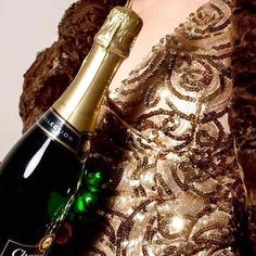 Hannah Norfleet (@h.norfleet) • Instagram photos and videos Happy New Year, Red Wine, Alcoholic Drinks, Champagne, Photo And Video, Bottle, Videos, Photos, Beauty