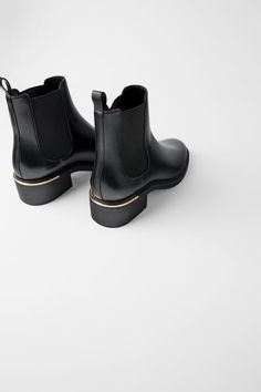 Ladies Faux Leather Diamante Trim Flat Low Heel Slip On Chelsea Ankle Boots