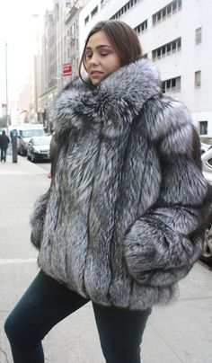 This beautiful plus size fur jacket was made of the magnificent bright sliver fox skins. Our model is a size 5 foot 8 and gorgeous. This is the perfect fur for that full size lady that wants to look her best and keep cozy warm in the harshest winter w Stylish Plus Size Clothing, Plus Size Clothing Online, Plus Size Outfits, Plus Size Fashion, Clothing Stores, Fashion 101, Fur Fashion, Fashion Guide, Fashion Ideas