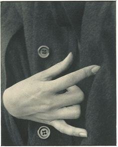 Alfred Stieglitz: Hand. @designerwallace