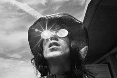 Keith Richards chills in the Californian desert