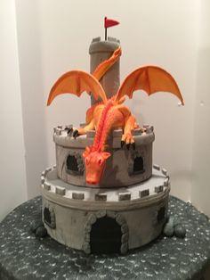 Dragon Birthday Cakes, Castle Birthday Cakes, Dragon Birthday Parties, Dragon Cakes, Dragon Party, Birthday Party Games, Kindergarten Party, Teapot Cake, Cakes For Boys