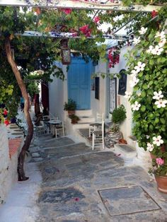 Calles de Amorgos, una encantadora islita griega :)