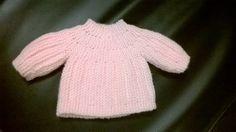 Un petite brassière réalisée de toute urgence... Une petite nièce prévue pour Octobre va naître le 31 août....quelques soucis de santé qui font qu'elle devra sans doute être prise en charge rapidement par les médecins... J'avais commencé à tricoter du...