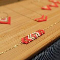 Bracelet en plaqué or 14 carats (plaquage Gold filled) et perles Miyuki cousues main Rouge mat et dorée à l'Or fin 24 carats. Existe dans d'autres couleurs sur demande. L - 17579927