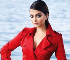 Aishwarya Rai back to work - read complete story click here.... http://www.thehansindia.com/posts/index/2015-02-05/Ash-back-to-work-129706