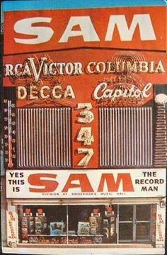 Sam the Record Man, Toronto ON, Canada ~ one of the greatest places to buy records, that's vinyl for you young folks! I Am Canadian, Canadian History, Cities, Montreal Ville, Old Signs, Toronto Canada, Vintage Signs, Vintage Records, Retro