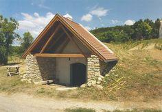 Balatonakali - helyreállításért felelős tervező: Mérmű Építész Stúdió Cabin, House Styles, Home Decor, Decoration Home, Room Decor, Cabins, Cottage, Home Interior Design, Wooden Houses