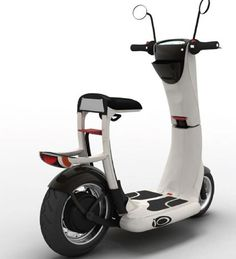 The I/O scooter created by Jean Baptiste De Clercq, can fold down to let you carry it in the subway or even in the elevators. The electric motor ensures that you can always take it to work with you and charge it in your office. Scooters Vespa, Scooter Bike, Motor Scooters, Scooter Design, Bike Design, Electric Bicycle, Electric Cars, Lambretta, Futuristic Cars