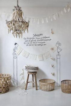 At HOME: Vintage, Brocante, Shabby   ZsaZsa Bellagio - Like No Other