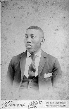 African American Man | African American man seated, head and… | Flickr