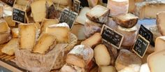 Hier vind je alle authentieke Franse recepten zoals coq au vin, creme brulee, confit de canard en bouillabaisse.