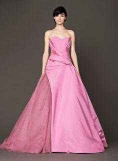 """Coleção """"Think Pink"""" Vestidos de Noiva Vera Wang"""