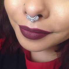 I love this look from @Sephora's #TheBeautyBoard http://gallery.sephora.com/photo/berry-lips-trendingatsephora-41047