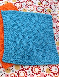 Honeycomb Check Dishcloth | Yarn | Free Knitting Patterns | Crochet Patterns | Yarnspirations