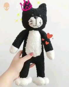 Diy Plush Toys, Diy Sock Toys, Sock Crafts, Fun Crafts, Plush Dolls, Clothes Crafts, Diy For Kids, Crafts For Kids, Barbie Cartoon