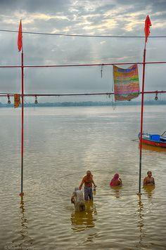 Ganges River, India www.bollyshake.com
