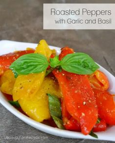 These roasted peppers with garlic and basil are a seriously tasty Italian-inspired side dish! Low carb and keto friendly. Low Carb Summer Recipes, Low Carb Recipes, Salad Dishes, Food Dishes, Salads, Low Carb Side Dishes, Side Dish Recipes, Vegetable Recipes, Vegetarian Recipes