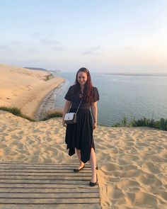ROXANE - Travel : Discovering Bordeaux and the Dune du Pilat, close to Arcachon, France. This huge dune is so impressive and the view from the Restaurant La Corniche at sunset is simply breathtaking. The Dunes, Bordeaux, Chloe, Midi Skirt, Restaurant, France, Sunset, Skirts, Travel