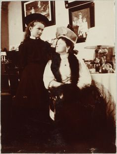 Alexandra & Olga