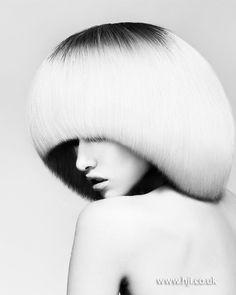 air by Toni Stephenson @ Hooker & Young Pageboy Haircut, Hair Stations, Mushroom Hair, 70s Hair, Editorial Hair, Page Boy, Modern Hairstyles, Portraits, Great Hair
