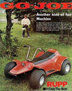 1974 Rupp Go-Joe. Go Joe's a bike, a buggy, and a snowmobile all in one. A real… Mini Motorbike, Mini Bike, Vintage Go Karts, Go Kart Buggy, Go Kart Plans, Quad, Electric Scooter For Kids, Vintage Sled, Diy Go Kart