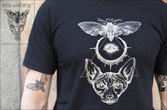 T-shirt men  dead moth moon and sphynx by nt2clothing on Etsy