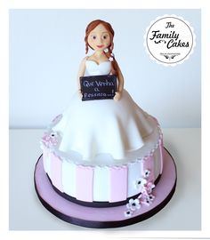 Bolo despedida de Solteira / Bride to Be Cake - The Family Cakes