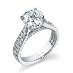 Enlarge Round Brilliant Diamond Engagement Ring
